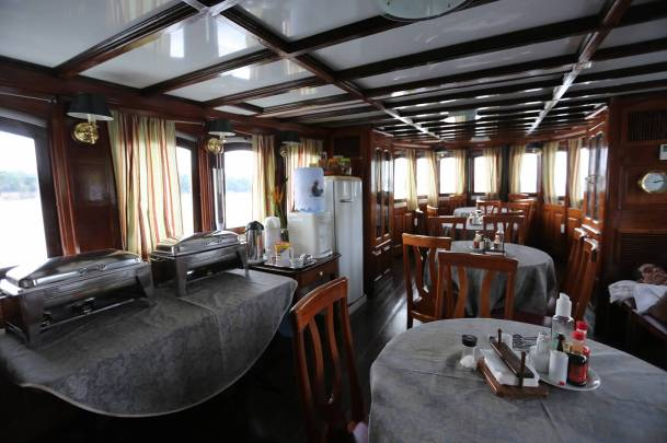 The dining cabin, where we'll share our meals. (Photo by Jerry Peek)