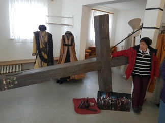 Our guide shows off the enormous cross prop.